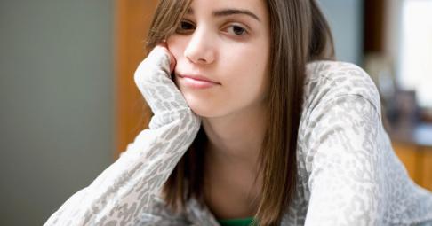 Раждането в тийнейджърска възраст има негативни последици за детето